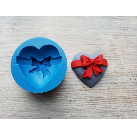 Silicone mold, heart with bow, Ø 4.4 cm