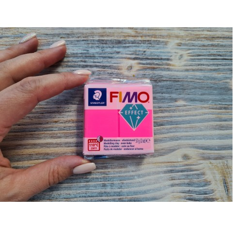 FIMO Effect Neon oven-bake polymer clay, neon fuchsia, Nr. 201, 57 gr