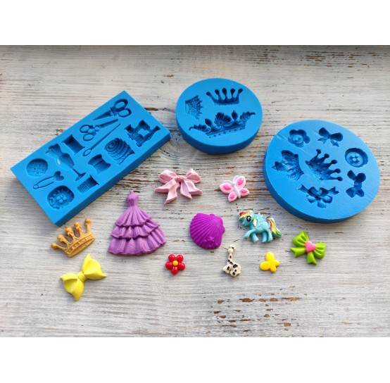 Different silicone molds (21)