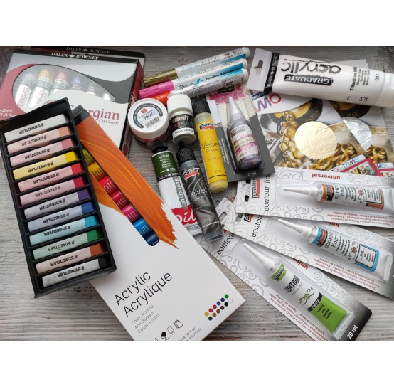 Paints, pastels and other mediums
