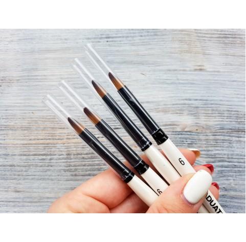 "GRADUATE synthetic brush ""Filbert"" No.6, flat, round, short handle, size 6.2*11.1 mm"