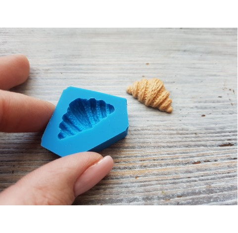 "Silicone mold cookie ""croissant"", ~ Ø 1.5-2.6 cm"