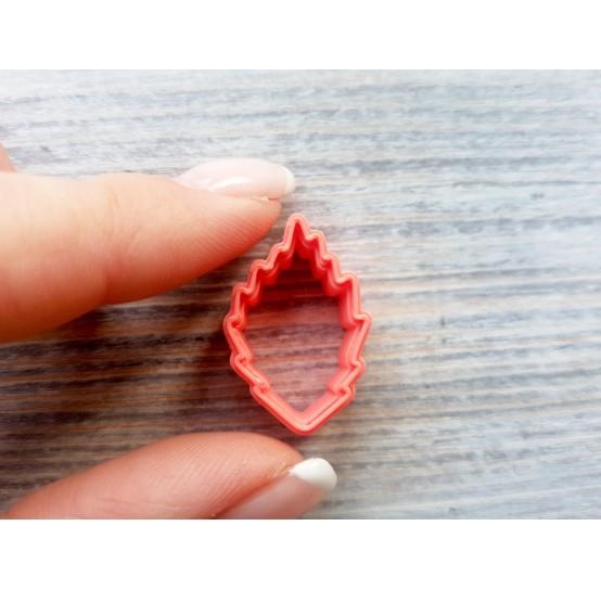 Raspberry leaf cutter, ~ 1.5 cm